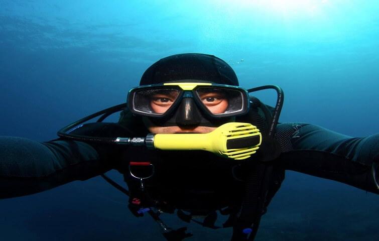 Angga, instructeur de plongée à Bali